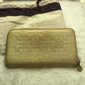 Tory Burch Lux Patent Leather wallet
